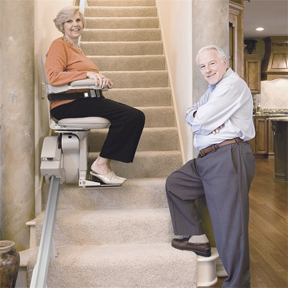 Elite-IndoorStraight-couple-on-stairs-MAIN1